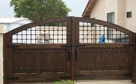 Rustic 101 driveway gates for Single wooden driveway gates