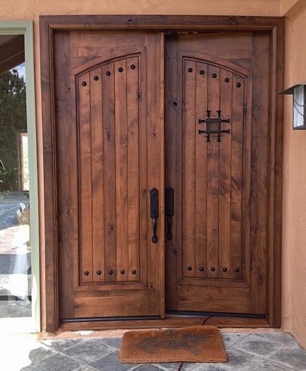 Knotty Alder Privacy Doors El Secreto Rancho Santa Fe 2017 Color Roble Stain